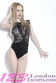 Karina Party Girl – Blonde Escort