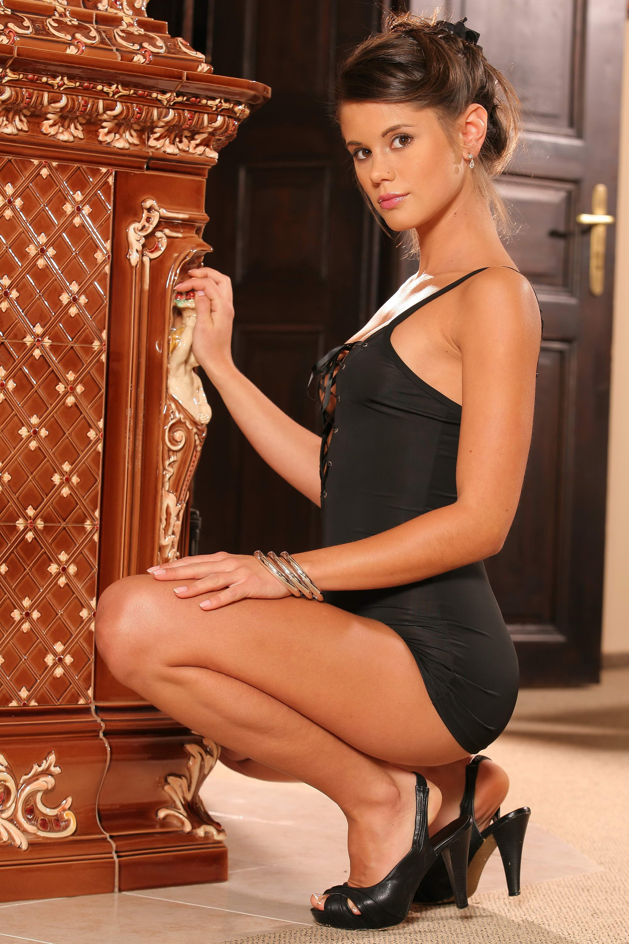 Amazing Brunette From East London Escorts