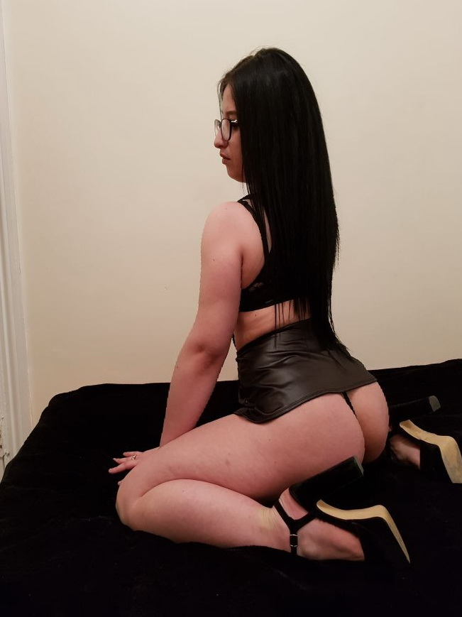 Outcall 80 escort london