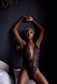 Amanda Fit Model