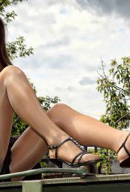 Emmy Sexy Legs Girl