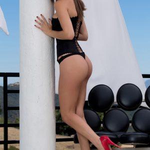Kim Brunette Escort - 123LondonEscorts