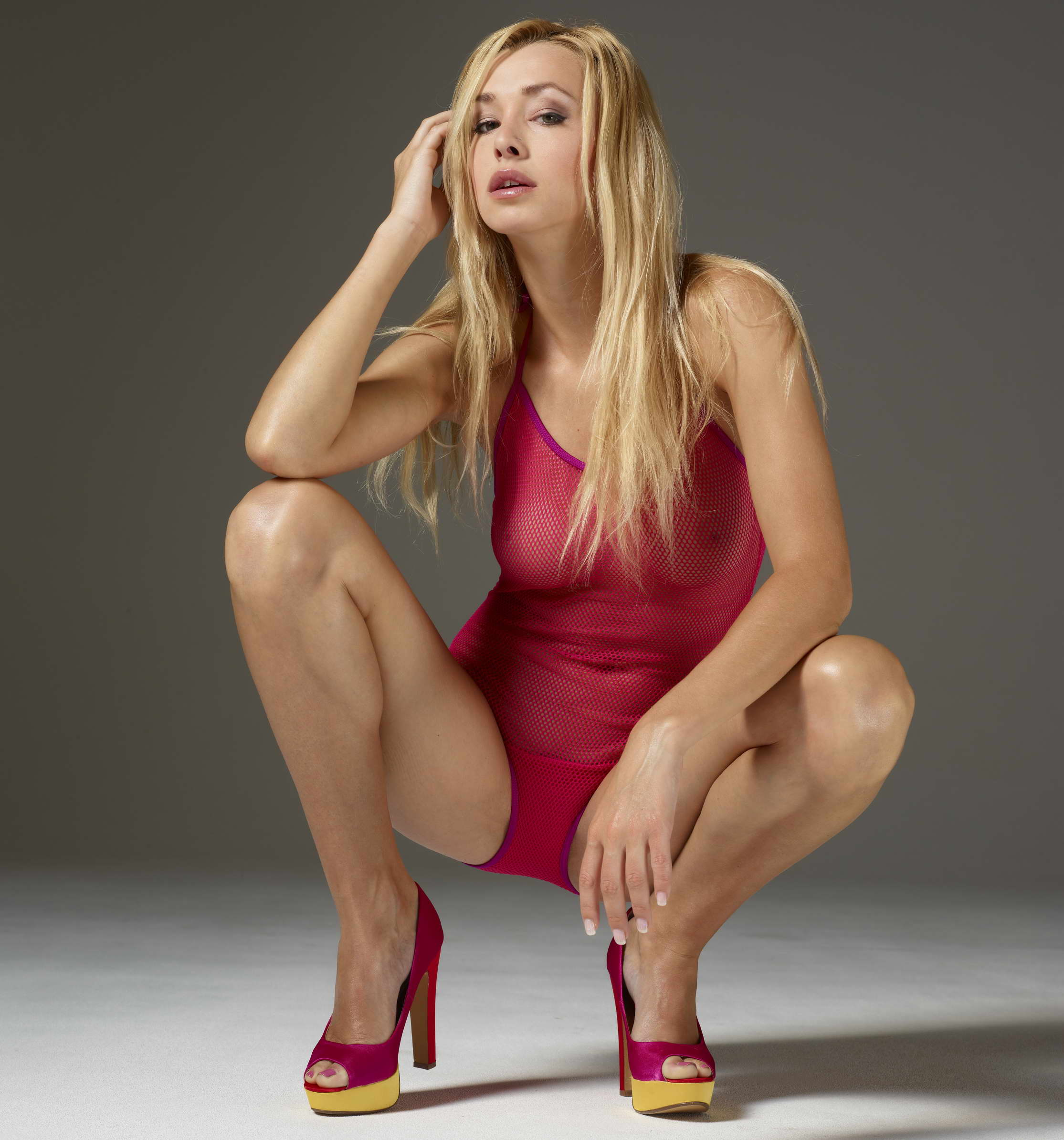 Gorgeous Blonde - 123LondonEscorts